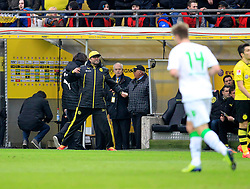 15.03.2014, Signal Iduna Park, Dortmund, GER, 1. FBL, Borussia Dortmund vs Borussia Moenchengladbach, 25. Runde, im Bild Nach dieser wuetattacke wird Juergen Klopp von Schiedsrichter Deniz Aytein auf die Tribuene geschickt, Emotion // during the German Bundesliga 25th round match between Borussia Dortmund and Borussia Moenchengladbach at the Signal Iduna Park in Dortmund, Germany on 2014/03/15. EXPA Pictures &copy; 2014, PhotoCredit: EXPA/ Eibner-Pressefoto/ Schueler<br /> <br /> *****ATTENTION - OUT of GER*****