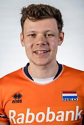 10-05-2017 NED: Selectie Nederlands volleybal team mannen 2017, Arnhem<br /> Op Papendal werd de selectie gepresenteerd / Micha&euml;l Parkinson #17