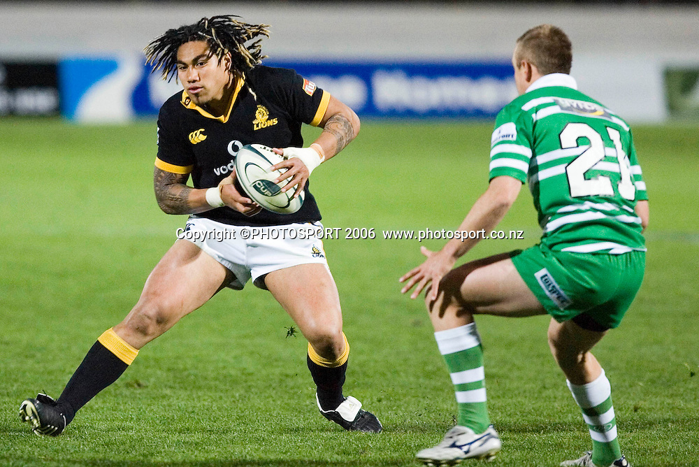 Wellington's Ma'a Nonu during the Air New Zealand Cup week 6 rugby match between Manawatu and Wellington at FMG Stadium, Palmerston North, on Saturday 2 September 2006. Wellington won 11-3.  Photo: Aaron Smale/PHOTOSPORT<br /> <br /> <br /> 020906 npc nz union