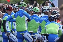 Slovenian national cycling team during the Men's Elite Road Race at the UCI Road World Championships on September 25, 2011 in Copenhagen, Denmark. (Photo by Marjan Kelner / Sportida Photo Agency)