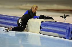 29-12-2010 SCHAATSEN: KPN NK ALLROUND EN SPRINT: HEERENVEEN<br /> Linda de Vries<br /> ©2010-WWW.FOTOHOOGENDOORN.NL