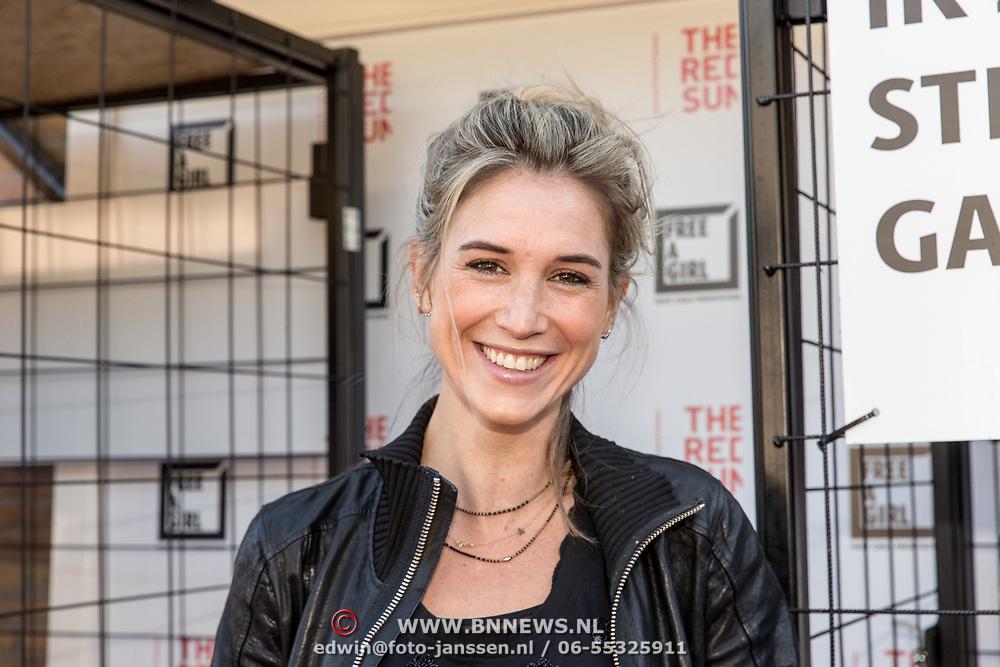 NLD/Blaricum/20190513 -  Lock Me Up - Free a Girl actie benefietfeest, Anouk van Schie