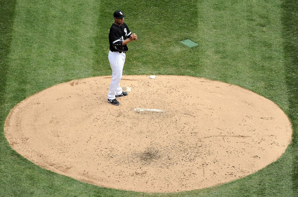 CHICAGO - APRIL 24:  Carlos Quintana #62 of the Chicago White Sox pauses on the mound during the game against the Cleveland Indians on April 24, 2013 at U.S. Cellular Field in Chicago, Illinois.  The White Sox defeated the Indians 3-2.  (Photo by Ron Vesely)   Subject: Carlos Quintana