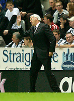 Photo. Jed Wee<br /> Newcastle United v Partizan Belgrade, European Champions League Qualifier, St. James' Park, Newcastle. 27/08/2003.<br /> Newcastle manager Sir Bobby Robson loses his cool.