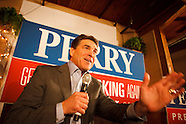 20111221 - Rick Perry Campaigns in Muscatine