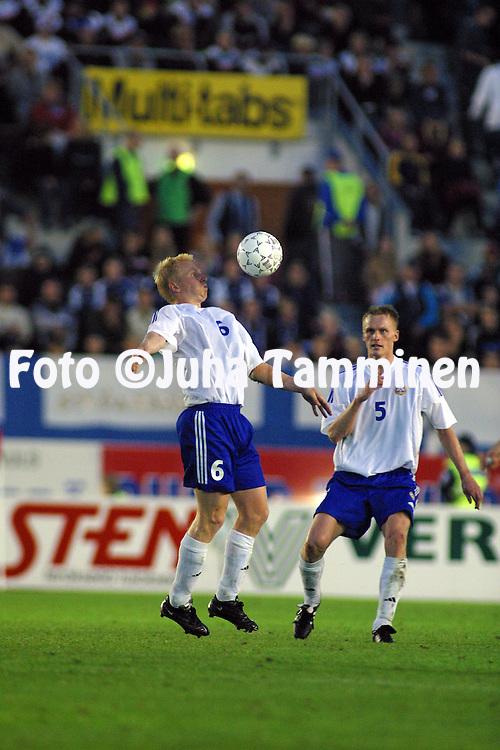 07.09.2002, Olympic Stadium, Helsinki, Finland..UEFA European Championship 2004 Qualifying match, Group 9, Finland v Wales..Aki Riihilahti & Hannu Tihinen-  Finland.©Juha Tamminen