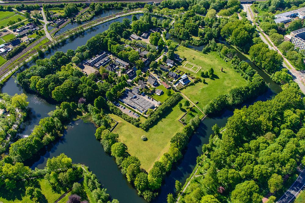 Nederland, Utrecht, Utrecht, 13-05-2019; Fort Blauwkapel, onderdeel van de Nieuwe Hollandse Waterlinie. Beschermd stadsgezicht, in gebruik als recreatie- en woongebied. <br /> Fort Blauwkapel, part of the New Dutch Water Line.<br /> <br /> luchtfoto (toeslag op standard tarieven);<br /> aerial photo (additional fee required);<br /> copyright foto/photo Siebe Swart