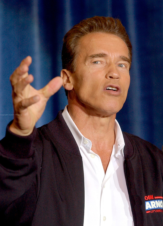 San Diego, CA, USA, Oct. 10th 2003: On the first day of the Arnold Schwarzenegger campaign bus tour throughout California, the gubernatorial candidate had to face charges of alleged sexual harassment of six women as well as an old article quoting him admiring Adolf Hitler as a leader.<br /> <br />  *** Local Caption *** , posted on Corbis web ,
