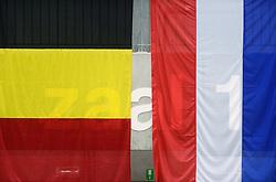 17-05-2013 VOLLEYBAL: BELGIE - NEDERLAND: KORTRIJK<br /> Nederland wint de eerste oefenwedstrijd met 3-0 van Belgie / Vlaggen Nederland Belgie<br /> &copy;2013-FotoHoogendoorn.nl