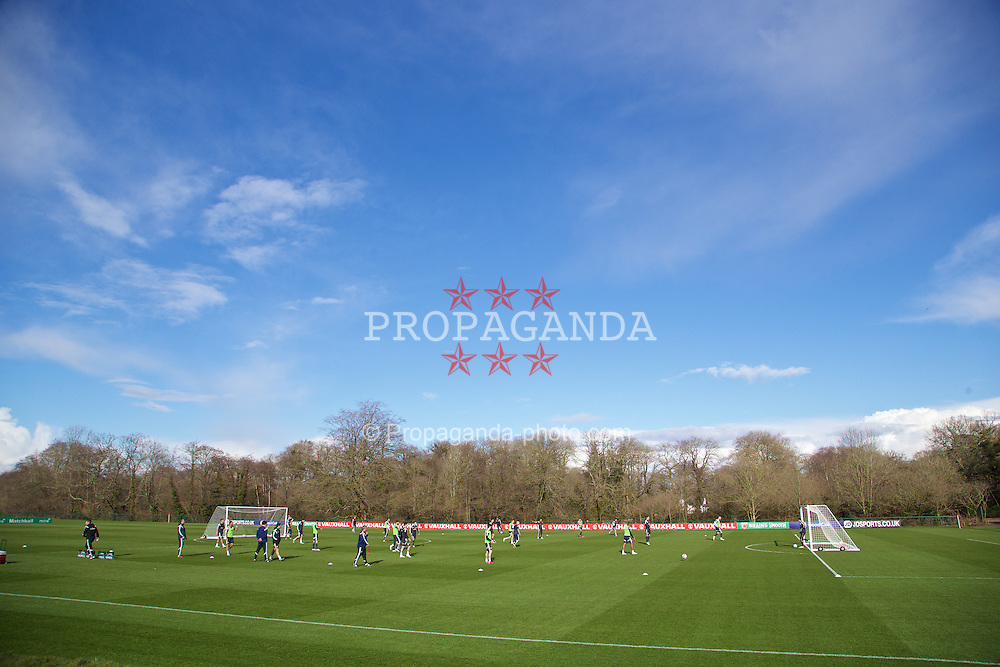 CARDIFF, WALES - Tuesday, March 24, 2015: Wales players during a training session at the Vale of Glamorgan ahead of the UEFA Euro 2016 qualifying Group B match against Israel. (Pic by David Rawcliffe/Propaganda)