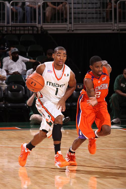 2009 Miami Hurricanes Men's Basketball vs Clemson