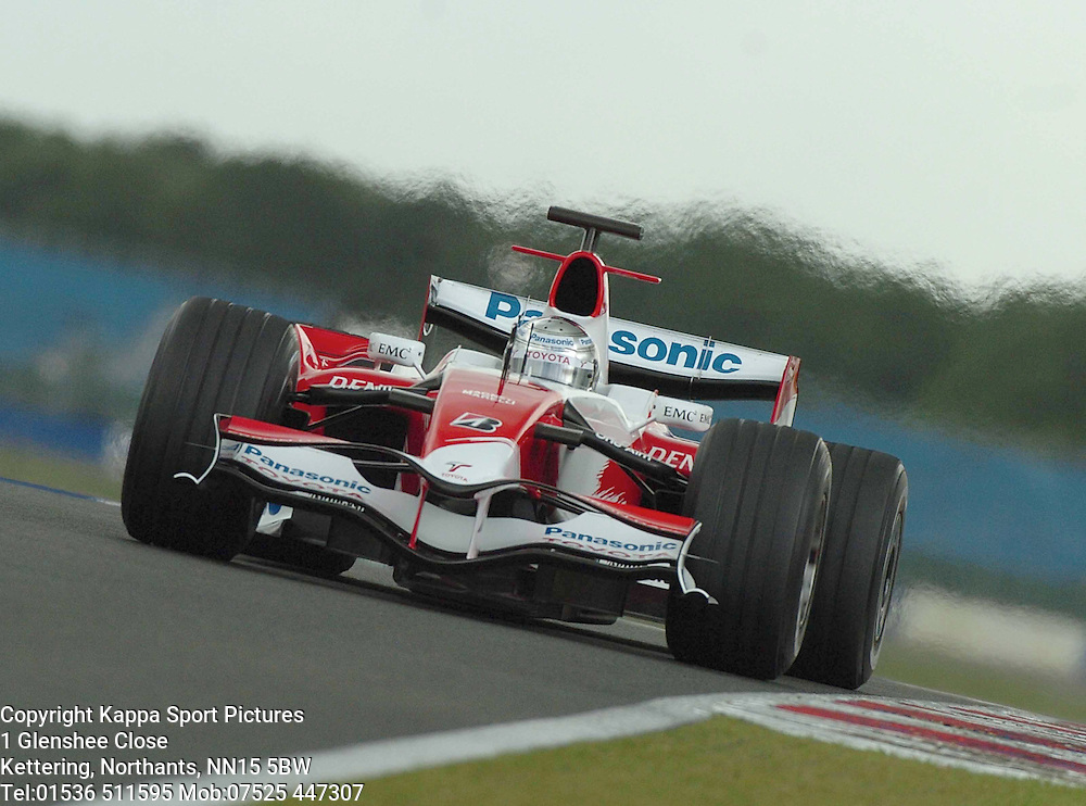 JARNO TRULLI Panasonic Toyota,  F1 Formula One Test Silverstone 19th June 2007 :Photo Mike Capps