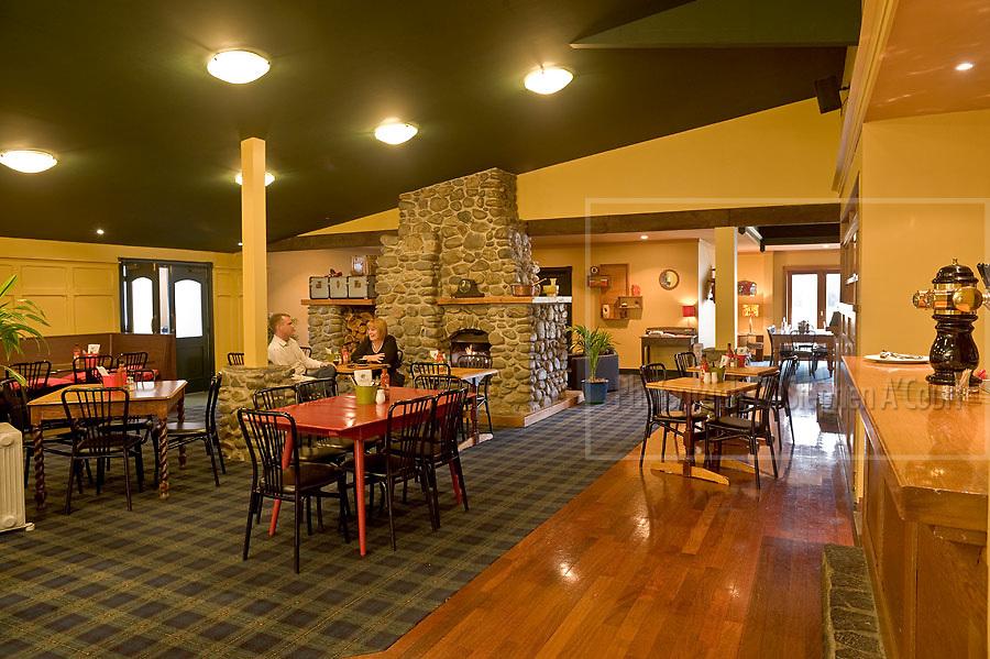 Totara Lodge & Graze Bar, 68 Ararino Street, Trentham, Upper Hutt, NZ. http://www.villagegroup.co.nz/totara.asp