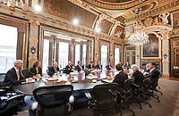 Nederland. Den Haag, 15 oktober 2010.<br /> In de Treveszaal vindt vrijdag de eerste vergadering van de ministerraad van het nieuwe kabinet plaats. Rutte I, kabinet Rutte, eerste kabinet Rutte.<br /> kabinet Ruttefoto © Martijn Beekman