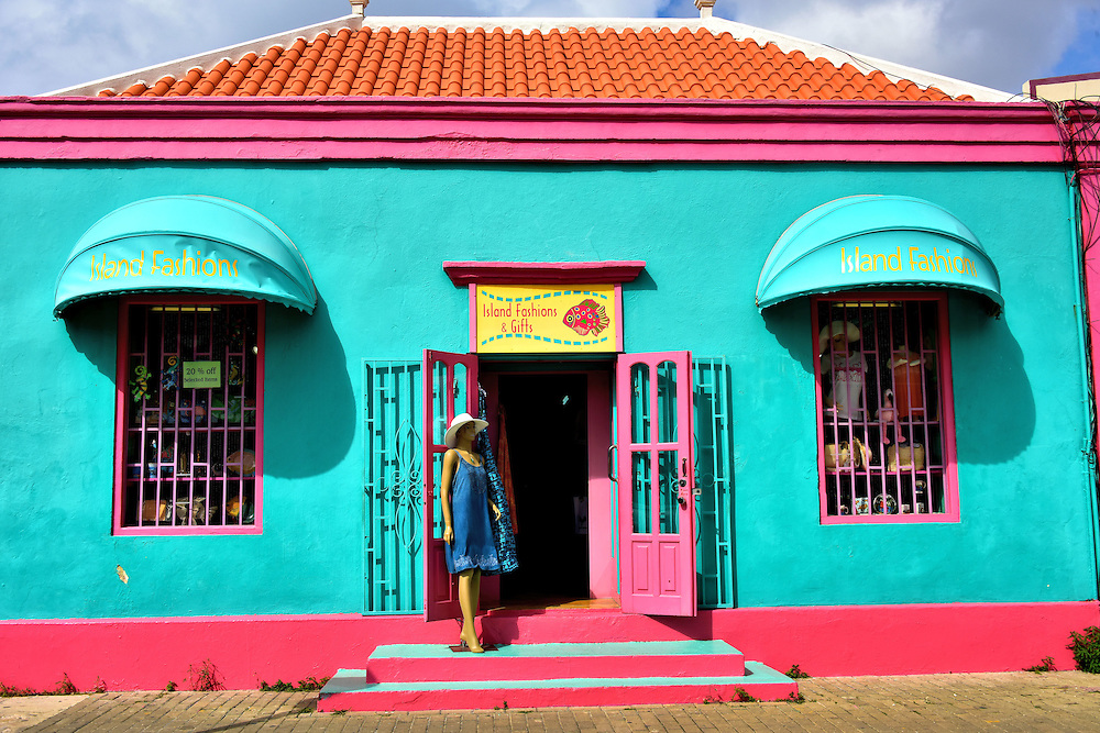 Shopping For Local Fashion and Art in Kralendijk, Bonaire <br />
