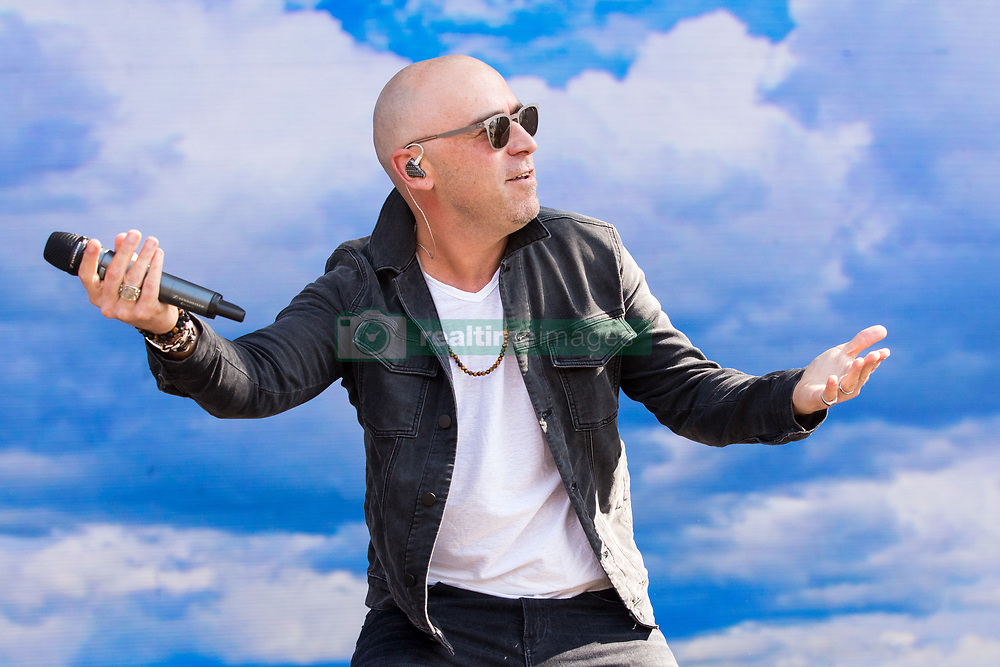 May 28, 2017 - Napa, California, U.S - ED KOWALCZYK of Live during the BottleRock Napa Valley Music Festival in Napa, California (Credit Image: © Daniel DeSlover via ZUMA Wire)