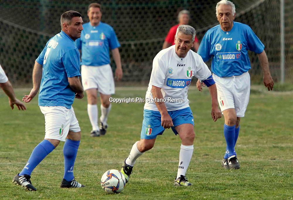 CAsoria Napoli 10 maggio 201o7<br /> Partita di calcio tra vecchie glorie del calcio Napoli che vinsero lo scudetto contro la squadra di giornalisti<br /> Ph: Stefano Renna