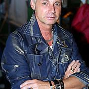 NLD/Amsterdam/20070727 - Inloop modeshow Darryl van der Wouw tijdens de Amsterdam fashionweek 2007, Ronald Kolk