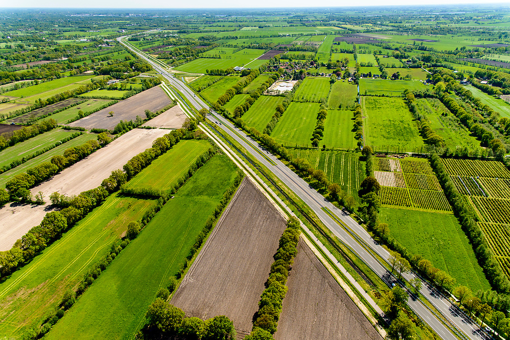 Nederland, Friesland, Centrale As, 07-05-2018; provinciale weg 356 (N356), Sintrale As of de Centrale As, tussen Nijega en Dokkum.<br /> Lokatie Sumar, Garyp.<br /> New local motorway Friesland<br /> luchtfoto (toeslag op standaard tarieven);<br /> aerial photo (additional fee required);<br /> copyright foto/photo Siebe Swart