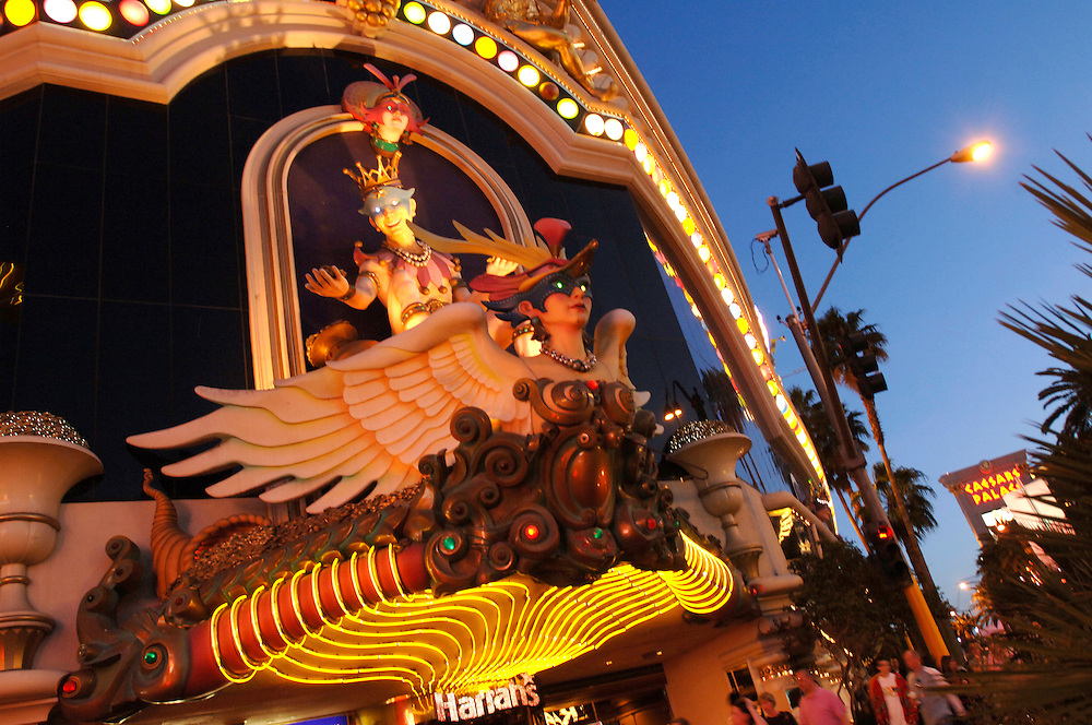 USA Nevada Las Vegas Harrod's Casino Nachtstimmung Gastronomie Las Vegas Boulevard The Strip Nachtleben(Farbtechnik sRGB 34.74 MByte vorhanden) Geography / Travel .
