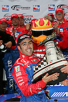 Dario Franchitti wins at the California Speedway, Toyota Indy 400, October 16, 2005