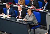 DEU, Deutschland, Germany, Berlin, 31.01.2019: Bundeskanzlerin Dr. Angela Merkel (CDU) und Bundesfinanzminister Olaf Scholz (SPD) während einer Plenarsitzung im Deutschen Bundestag.