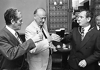 Mayor of New York Ed Koch with Tanaiste Brian Lenihan and Lord Mayor of Dublin Ben Briscoe during his visit to Dublin, 21/07/1988 (Part of the Independent Newspapers Ireland/NLI Collection).