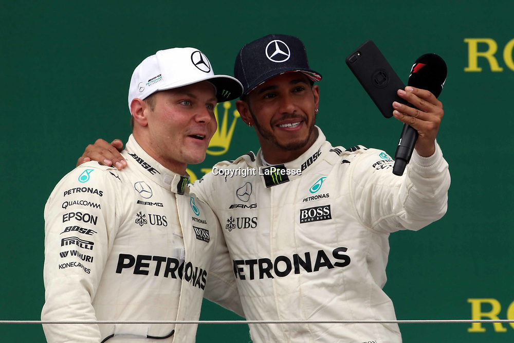 &copy; Photo4 / LaPresse<br /> 16/07/2017 Silverstone, England<br /> Sport <br /> Grand Prix Formula One England 2017<br /> In the pic: race winner Lewis Hamilton (GBR) Mercedes AMG F1 W08 and 2nd position Valtteri Bottas (FIN) Mercedes AMG F1 W08