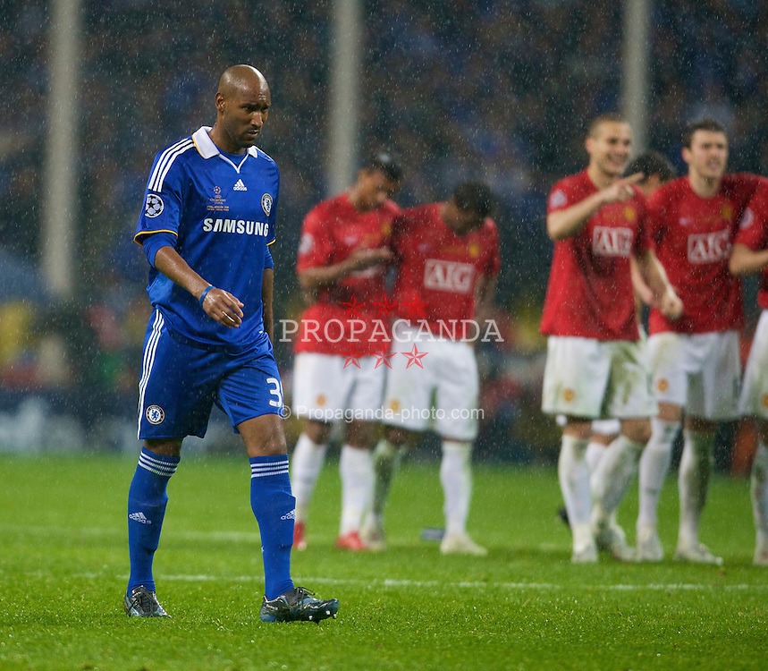 MOSCOW, RUSSIA - Wednesday, May 21, 2008: Chelsea's Nicolas Anelka begins his walk up to take the final penalty, which he misses, against Manchester United during the UEFA Champions League Final at the Luzhniki Stadium. (Photo by David Rawcliffe/Propaganda)