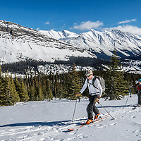 Jasper Alberta backcountry skiing and splitboarding.<br />