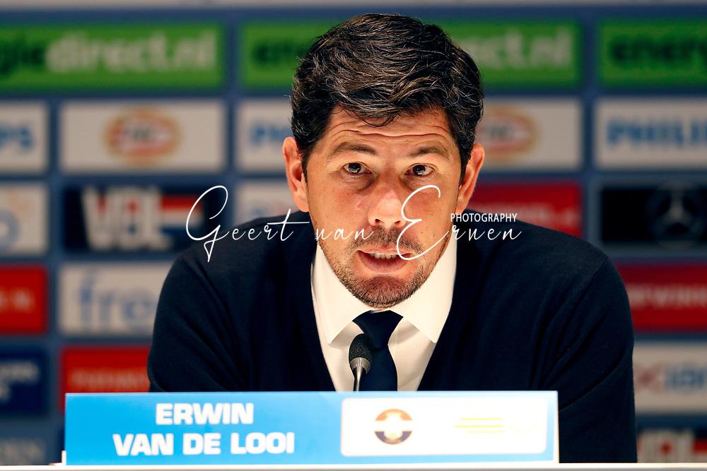 09-04-2017 VOETBAL:PSV-WILLEM II:EINDHOVEN<br /> Trainer/Coach Erwin van de Looi van Willem II tijdens de persconferentie <br /> <br /> Foto: Geert van Erven