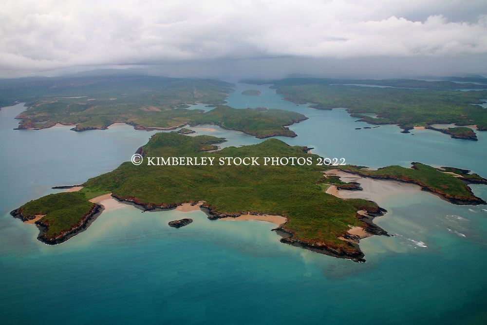 Islands and reefs of the Buccaneer Archipelgo