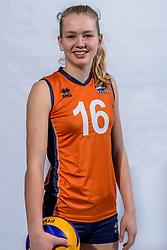 15-03-2017 NED:  Reportage jeugd Oranje, Arnhem<br /> Annick Meijers / Jeugd Oranje klaar voor het EK in eigen land.