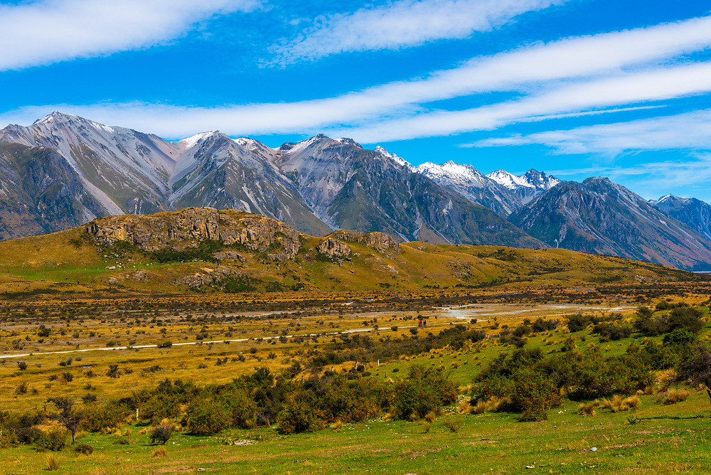 Photo of mountainous countryside in New Zealand