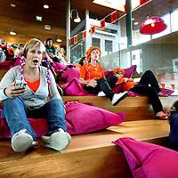 Nederland, Amsterdam , 9 juni 2012..Kinderstad binnen VUmc werd even omgebouwd tot Oranjestad vanwege de EK wedstrijd Nederland-Denenmarken (0-1)..Zieke Kinderen met kanker konden met hun ouders naar de wedstrijd kijken via een groot scherm..Vooraan links Kinder Stadhouder Marijke Peer..Foto:Jean-Pierre Jans