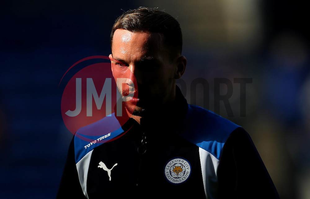 Daniel Drinkwater of Leicester City warms up ahead of the Premier League fixture against Southampton - Mandatory by-line: Robbie Stephenson/JMP - 02/10/2016 - FOOTBALL - King Power Stadium - Leicester, England - Leicester City v Southampton - Premier League