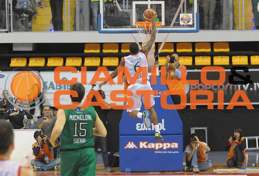 DESCRIZIONE : Biella Lega A 2011-12 Angelico Biella Montepaschi Siena<br /> GIOCATORE : Aubrey Coleman<br /> SQUADRA :  Angelico Biella<br /> EVENTO : Campionato Lega A 2011-2012 <br /> GARA : Angelico Biella  Montepaschi Siena<br /> DATA : 30/10/2011<br /> CATEGORIA : Tiro Schiacciata<br /> SPORT : Pallacanestro <br /> AUTORE : Agenzia Ciamillo-Castoria/ L.Goria<br /> Galleria : Lega Basket A 2011-2012  <br /> Fotonotizia : Biella Lega A 2011-12 Angelico Biella Montepaschi Siena<br /> Predefinita :