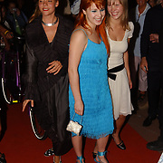 Premiere Stille Nacht, Josefien Hendriks, Victoria Koblenko en Caro Lenssen