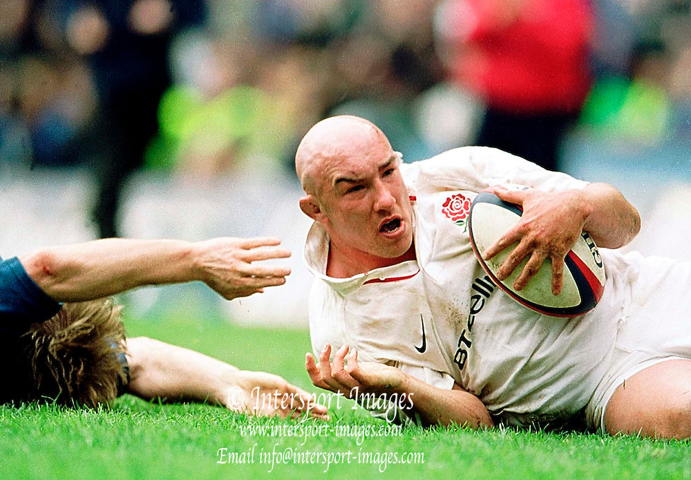 Twickenham, United Kingdom.  Lloyds TSB Six Nations Championship. England vs France, 07/04/2001.England Hooker, Phil Greening, after scoring his try. [Mandatory Credit; Peter Spurrier/Intersport Images].. ...........