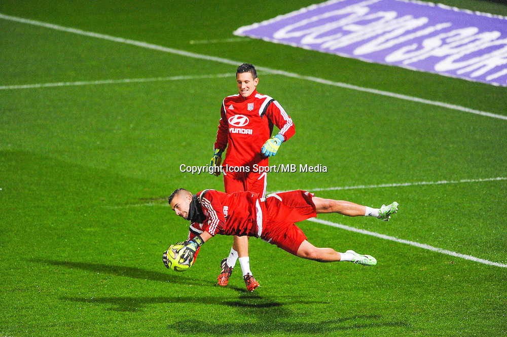 Anthony LOPES / Mathieu GORGELIN  - 04.12.2014 - Lyon / Reims - 16eme journee de Ligue 1  <br /> Photo : Jean Paul Thomas / Icon Sport