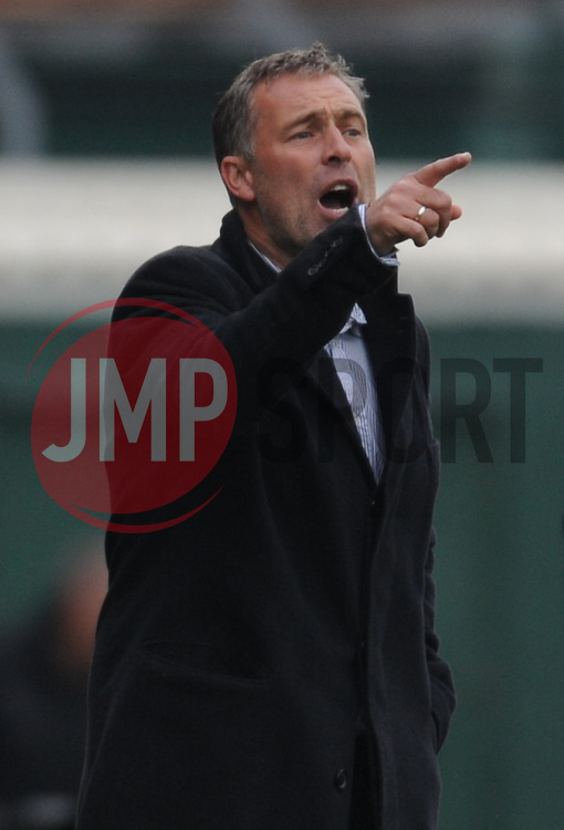 Dagenham manager Wayne Burnett gives orders.  - Mandatory byline: Alex Davidson/JMP - 07966 386802 - 10/10/2015 - FOOTBALL - Huish Park - Yeovil, England - Yeovil v Dagenham - Sky Bet League Two