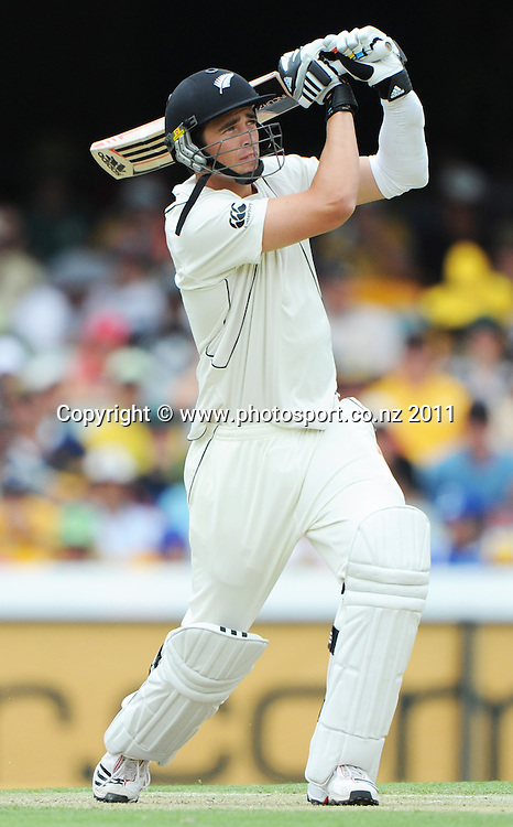 Tim Southee batting on Day 2 of the first cricket test between Australia and New Zealand Black Caps at the Gabba in Brisbane, Thursday 1 December 2011. Photo: Andrew Cornaga/Photosport.co.nz