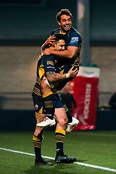 Bryce Heem of Worcester Warriors celebrates with Marco Mama of Worcester Warriors after scoring a winning try against Bath Rugby - Mandatory by-line: Robbie Stephenson/JMP - 05/01/2019 - RUGBY - Sixways Stadium - Worcester, England - Worcester Warriors v Bath Rugby - Gallagher Premiership Rugby