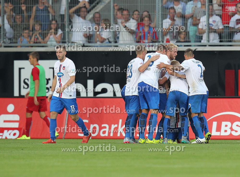 28.08.2015, Voith Arena, Heidenheim, GER, 2. FBL, 1. FC Heidenheim vs 1. FC Kaiserslautern, 5. Runde, im Bild Jubel nach dem 1:1 von Smail Morabit (1.FC Heidenheim) // during the 2nd German Bundesliga 5th round match between 1. FC Union Berlin and RB Leipzig at the Voith Arena in Heidenheim, Germany on 2015/08/28. EXPA Pictures &copy; 2015, PhotoCredit: EXPA/ Eibner-Pressefoto/ Langer<br /> <br /> *****ATTENTION - OUT of GER*****