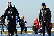 DE &nbsp;HOLLANDSE&nbsp;100 &nbsp;by &nbsp;LYMPH &nbsp;&amp; &nbsp;CO op FlevOnice te Biddinghuizen. Een duatlon bestaande uit twee onderdelen: schaatsen en fietsen. Het evenement wordt georganiseerd om geld op te halen voor Lymph&amp;Co dat zich inzet tegen lymfklierkanker.<br /> <br /> Op de foto:  Patrick Kluivert en Winston Gerschtanowitz