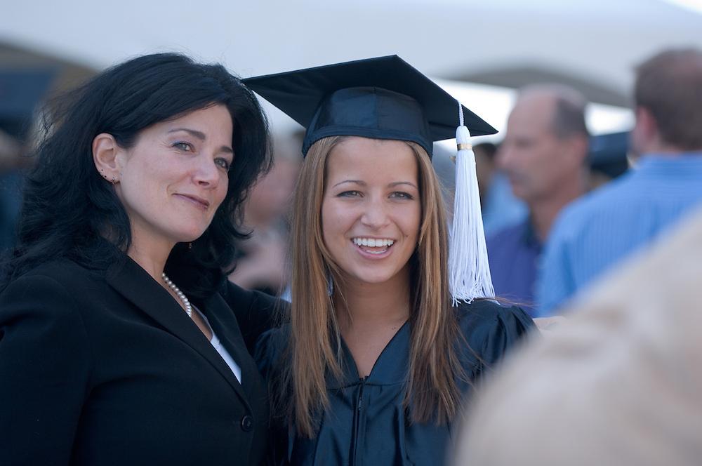 18276Undergraduate Commencement 2007..Amanda Gartner & Kimbely Anne Valenti(mom)