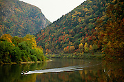 NJ, Boat, Delaware Water Gap, Delaware River.