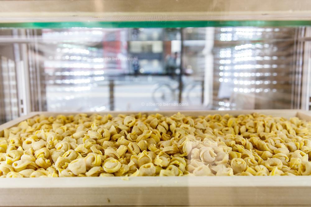 Bologna, La Bottega dei Portici, fresh pasta food lab
