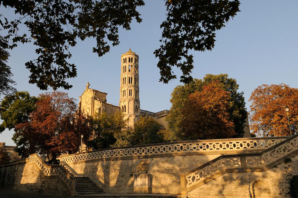 France, Languedoc roussillon, Gard (30), Uzès, la tour Fenestrelle et la cathedrale St. Théodorit