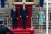 François Hollande brengt een officieel bezoek aan Nederland